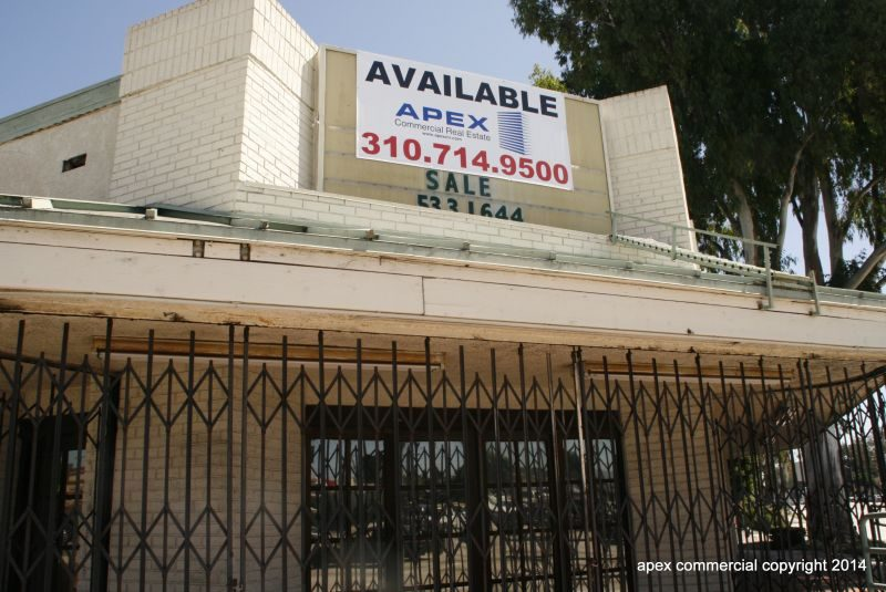 Torrance Commercial and Office Building on Corner Lot