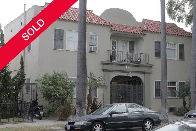 multi-unit apartment complex in Long Beach sold