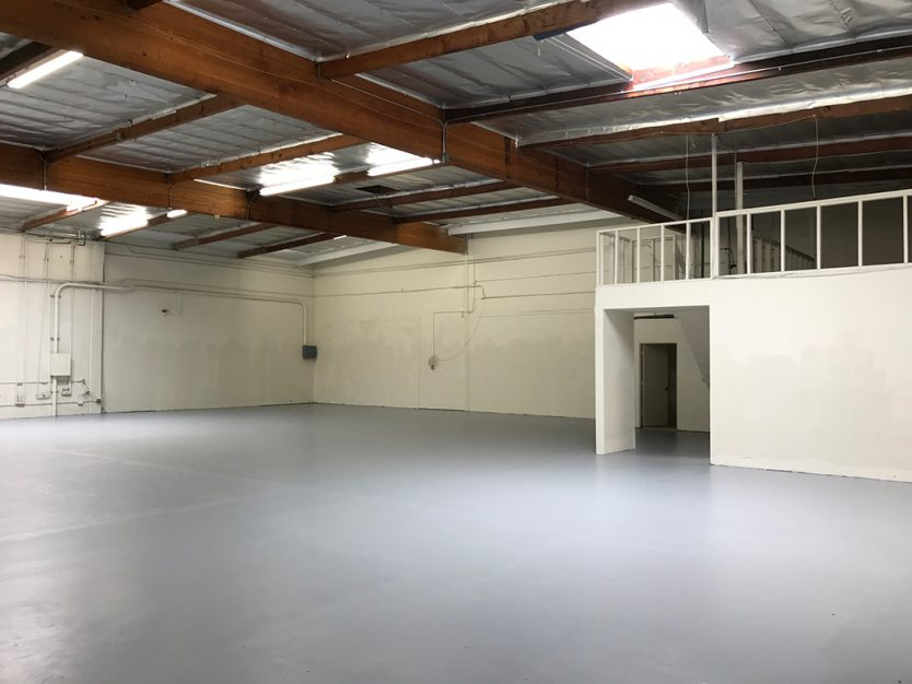 warehouse distribution space for lease in south Torrance